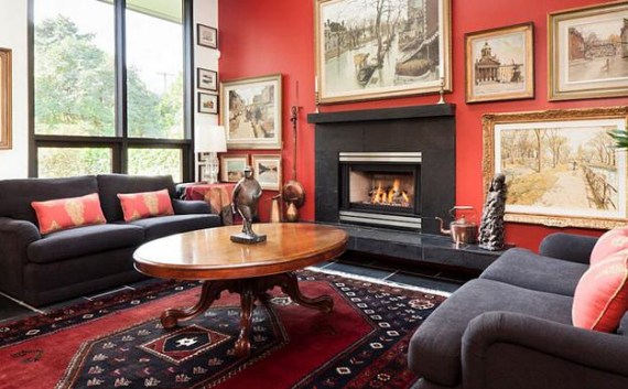Hot Valentine Room Designs in Rich and Energetic Red Colors   (53)