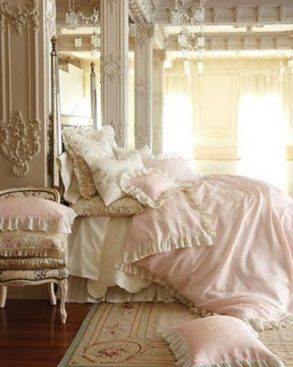 Romantic French Flair Rooms and Decorating Ideas (25)