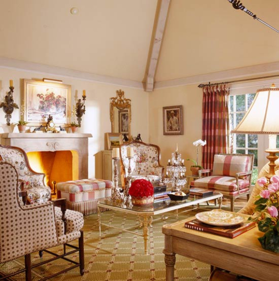 Romantic French Flair Rooms and Decorating Ideas (28)