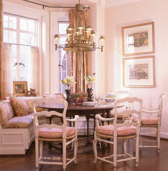 Romantic French Flair Rooms and Decorating Ideas (45)