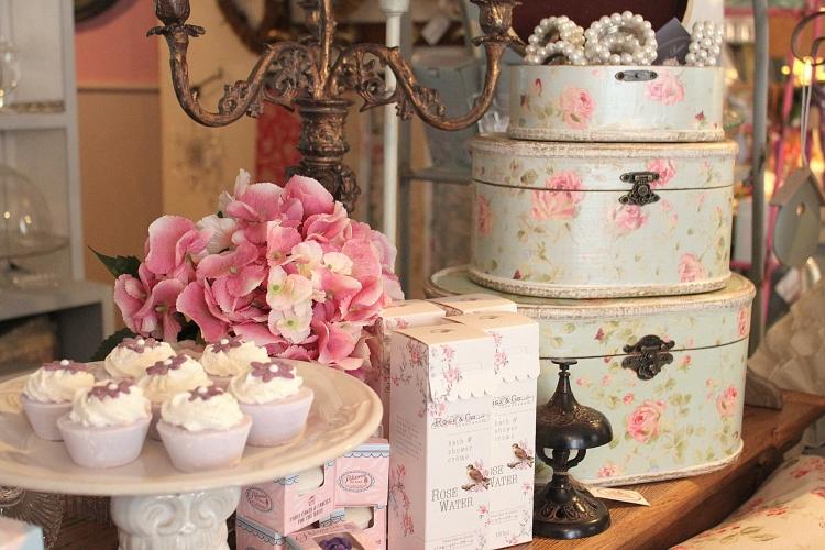 Romantic Valentine's Decor for Romantic Atmosphere  (19)