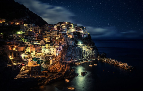 The Colorful Cliff-Side Town of Manarola , La Spezia,  Italy (21)