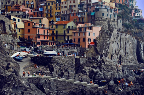 The Colorful Cliff-Side Town of Manarola , La Spezia,  Italy (26)