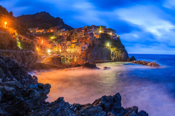 The Colorful Cliff-Side Town of Manarola , La Spezia,  Italy (33)
