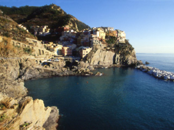 The Colorful Cliff-Side Town of Manarola , La Spezia,  Italy (34)