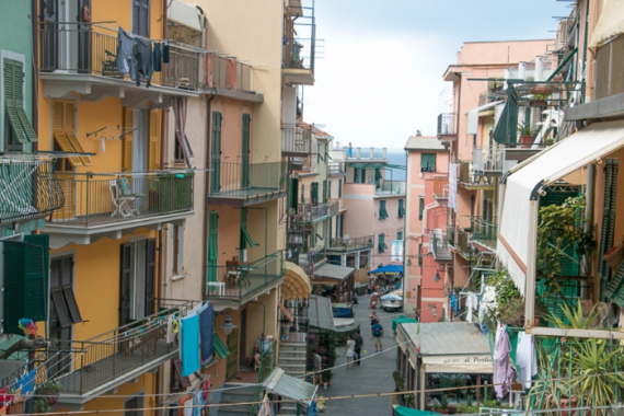 The Colorful Cliff-Side Town of Manarola , La Spezia,  Italy (36)