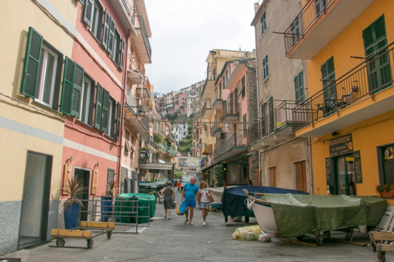 The Colorful Cliff-Side Town of Manarola , La Spezia,  Italy (37)