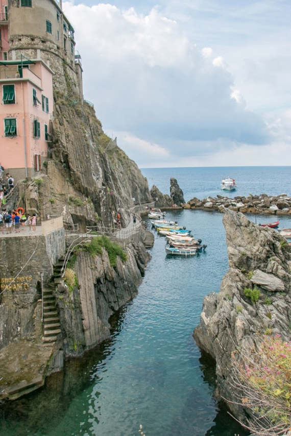 The Colorful Cliff-Side Town of Manarola , La Spezia,  Italy (39)