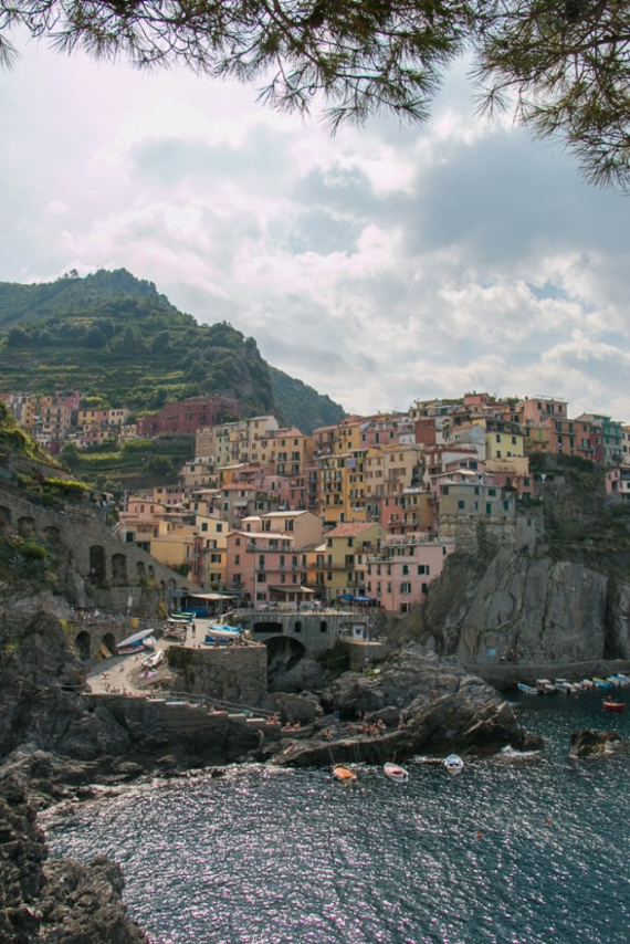 The Colorful Cliff-Side Town of Manarola , La Spezia,  Italy (42)