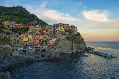 The Colorful Cliff-Side Town of Manarola  La Spezia  Italy