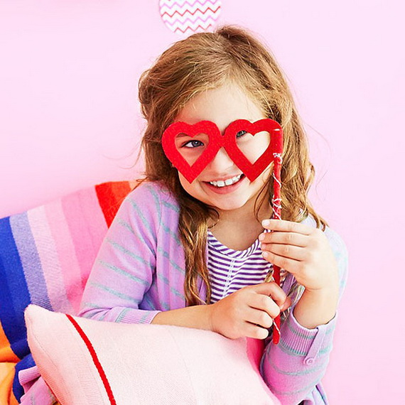 Valentine's Day Crafts For The Whole Family (42)