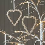 40 Handmade Hearts Decorations that Make Great Valentines Day Gifts