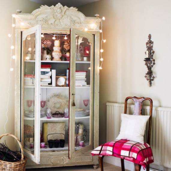 45-Atmospheric-Holiday-Decorating-Ideas-With-Fairy-Lights-3