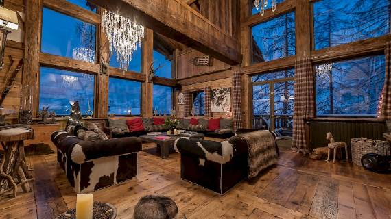 chalet-le-rocher-a-luxury-chalet-embedded-in-the-cliffs-in-the-alps-region-of-savoie-10