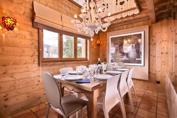charming-traditional-ski-chalet-brioche-in-the-french-alps-4
