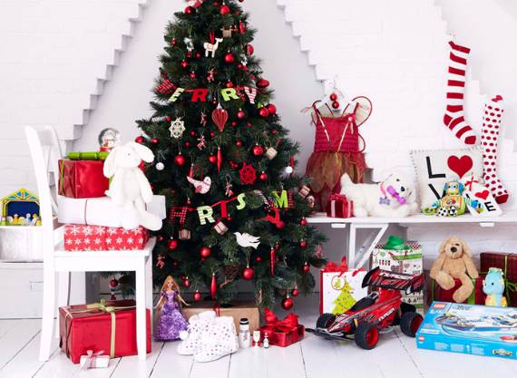 holiday-interiors-in-the-work-of-brent-darby-11