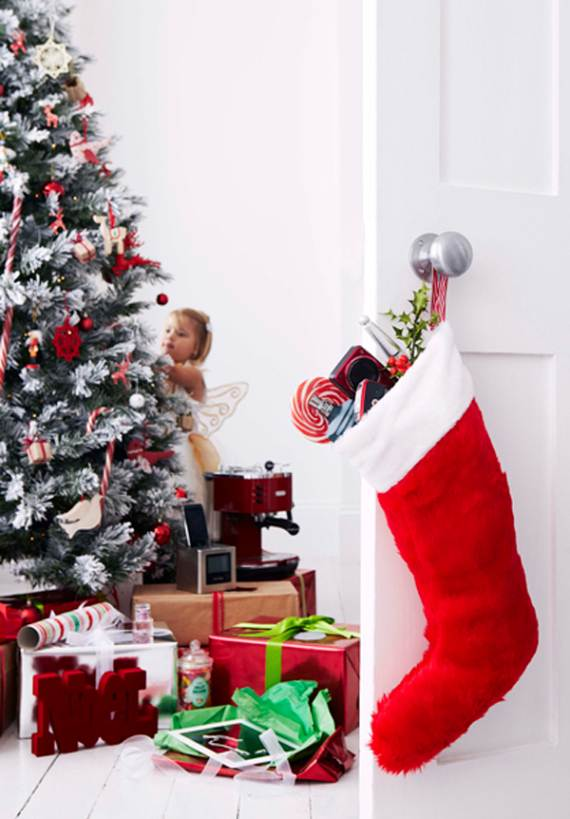 holiday-interiors-in-the-work-of-brent-darby-18