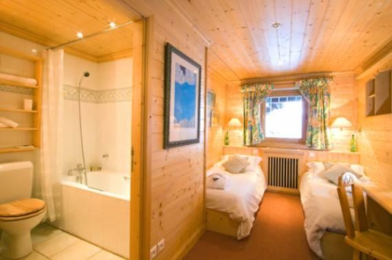 luxury-ski-holidays-at-chalet-sapini%d9%83re-route-des-chalets-m%d9%84ribel-france-21