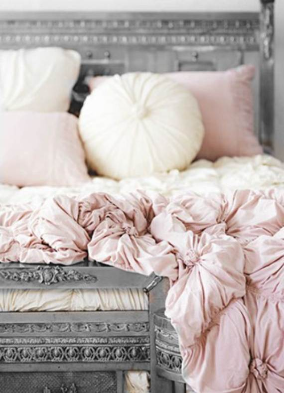 pastel-decor-inspirations-for-a-sweet-valent-32
