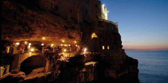 Pearl-of-the-Adriatic-Polignano-a-MareProvince-BariApuliaItaly-4