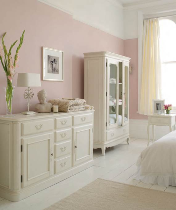 romantic-symphony-of-silence-in-the-new-interior-painterly-floral-from-laura-ashley-6