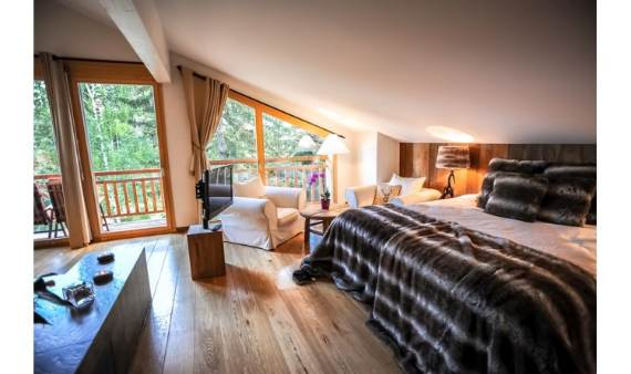 ski-chalet-winter-escape-elegant-chalet-le-torrent-in-the-swiss-alps-15