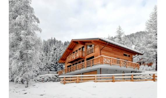 ski-chalet-winter-escape-elegant-chalet-le-torrent-in-the-swiss-alps-21