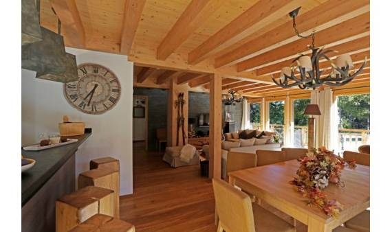 ski-chalet-winter-escape-elegant-chalet-le-torrent-in-the-swiss-alps-6