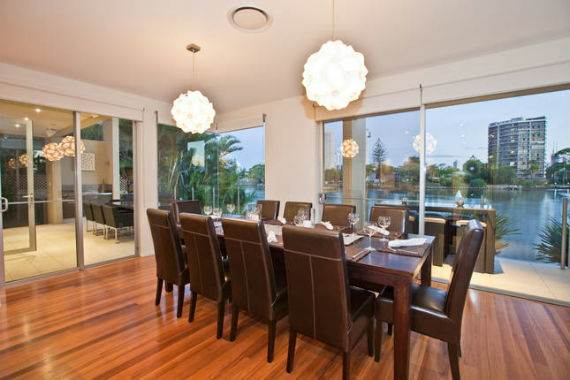 vibrant-acqua-amalfi-gold-coast-mansion-in-australias-surfers-paradise-19