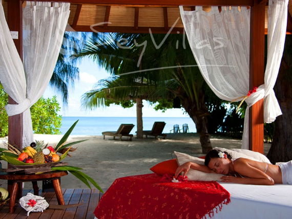 Wandering Through Paradise Exquisite Villas On Denis Private Island Seychelles (26)