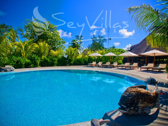 Wandering Through Paradise Exquisite Villas On Denis Private Island Seychelles (7)