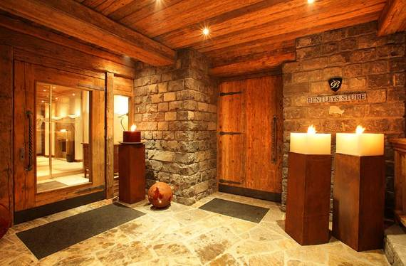 bright-and-cosy-chalet-displaying-an-interesting-shape-in-austria-jazzi-28