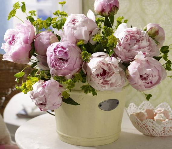 Floral Table Decoration For A Romantic Valentine's Day (31)