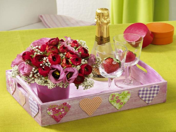 Floral Table Decoration For A Romantic Valentine's Day (5)