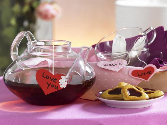 Floral Table Decoration For A Romantic Valentine's Day (6)