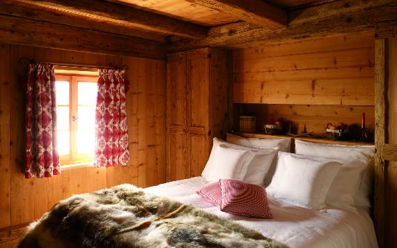 italys-best-ski-chalet-san-lorenzo-in-touch-with-the-charming-italian-landscape-15