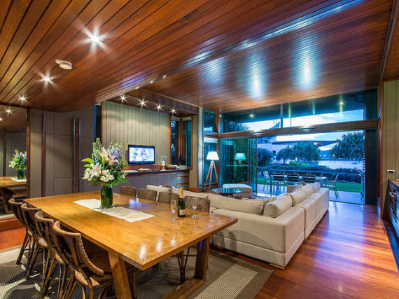 Luxury Yacht Club Villa 6 Blending in With Sea Waters Hamilton Island, Queensland, Australia (11)
