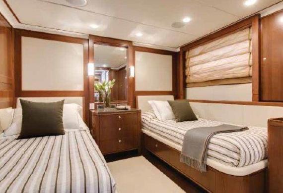 Masteka II, Luxury Private Charter Cruise Boat on Sydney Harbour, Australia (5)