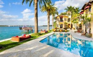 The Luxurious Jasmine Villa Hotel in Miami Florida