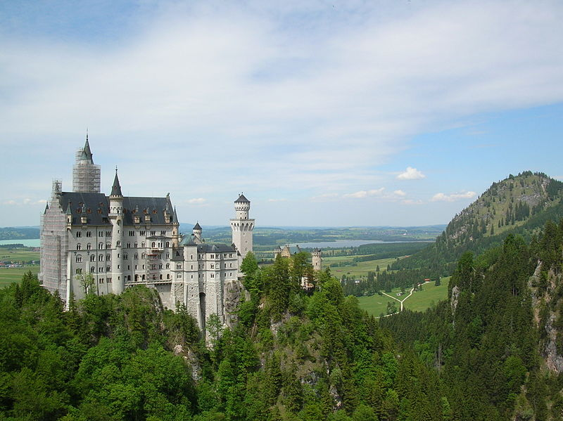 The Swan King's Castles: Neuschwanstein– Germany - family holiday ...
