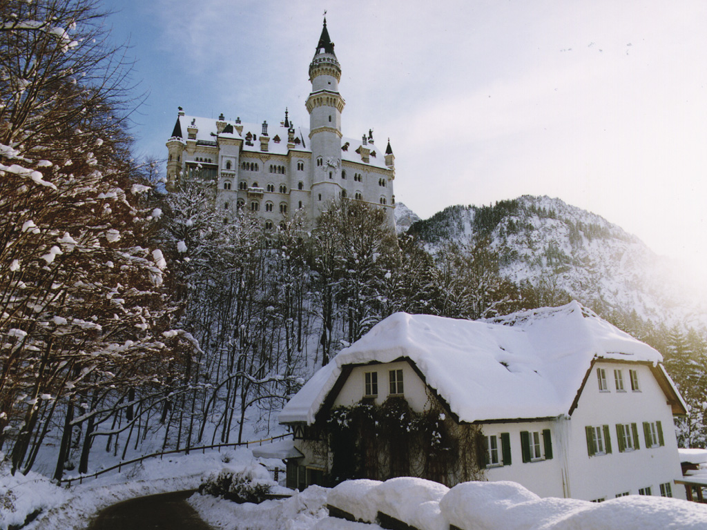 The Swan King's Castles Neuschwanstein– Germany (7)