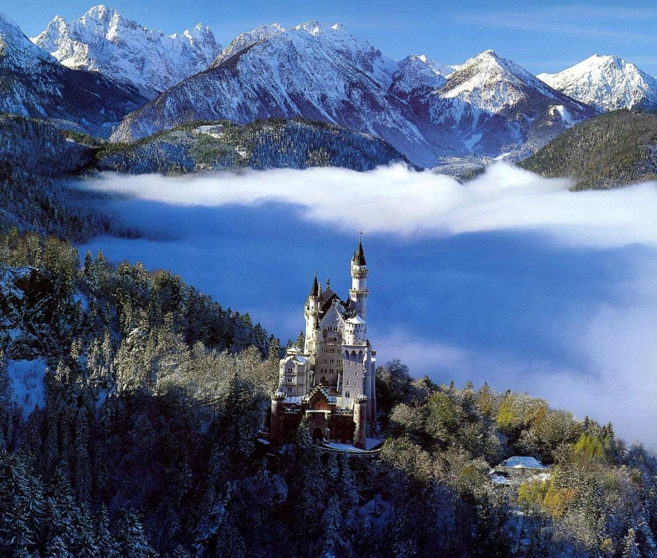 The Swan King's Castles Neuschwanstein– Germany (9)
