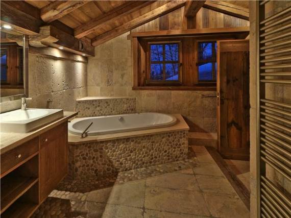the-unique-luxury-experience-of-the-french-courchevel-chalet-belle-vue-17