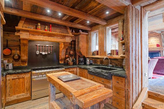 Chalet Druchka, Luxury Vacation Chalet Rental Meribel, France (27)