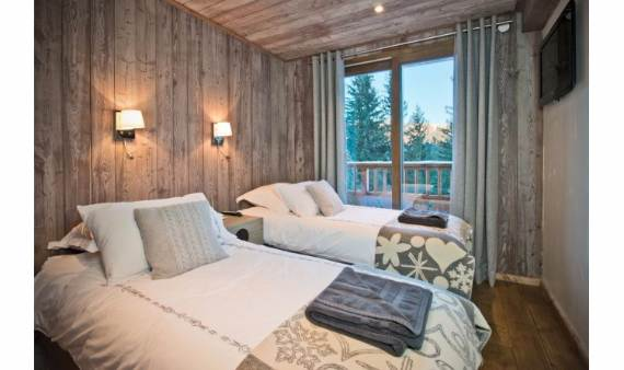 exceptional-alpine-ski-lodge-in-the-french-alps-chalet-belvedere-3