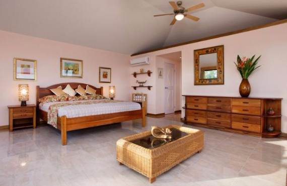 get-swept-away-on-royal-belize-private-island-only-a-few-hours-away-32