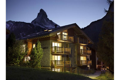 Great Holidays at Zermatt Ski Paradise Overlooking the Swiss Alp