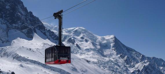 Great Holidays at Zermatt Ski Paradise Overlooking the Swiss Alp  (3)