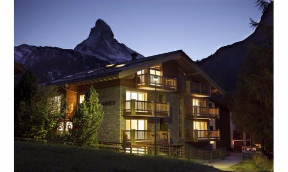 Great Holidays at Zermatt Ski Paradise Overlooking the Swiss Alp  (4)