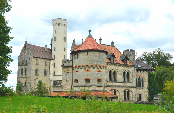 Lichtenstein Castle -The Only True Fairytale Castle-Germany (10)